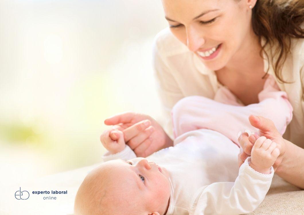 ¿Cómo reclamar el IRPF de la maternidad?